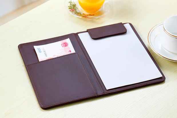 19x13cm Restaurant Hotel Leather Checkbook Cover, Waitress Cashier Holder With Magnetic Clip-black Brown