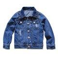 3957 azul marino de mezclilla vaqueros prendas de Vestir Exteriores chicos jeans Abrigos chaquetas primavera otoño niños ropa para niños ropa de moda remache