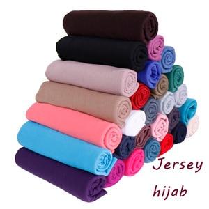 Image 1 - 35 màu sắc chất lượng Cao cotton jersey hijab Khăn quàng Khăn choàng cho nữ độ đàn hồi Khăn trùm đầu hồi giáo đầu Đầm maxi khăn len 10 chiếc