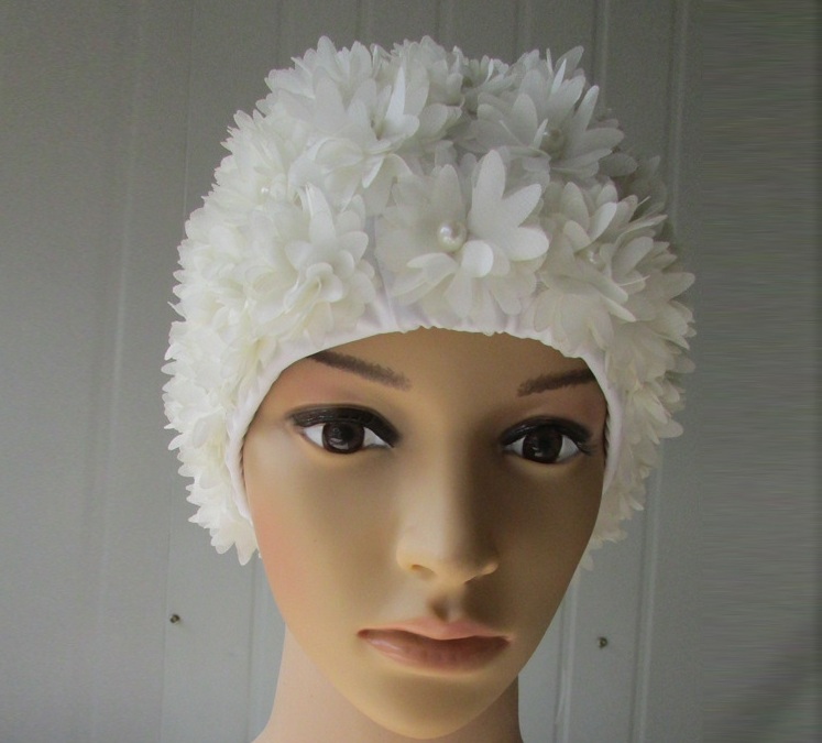 2019 Europe And The Hot Style Manual Stereoscopic Pearl White Flowers Cover The Ear Hair Bikini Swimming Female Swimming Cap