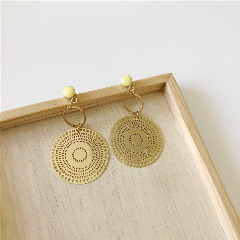 High Grade Fashion Big Hollow Round Shaped Gold Color Statement Stud Earrings for Women Girl Ear Jewelry Gifts