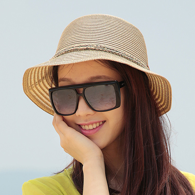 2016 New Lady Sun Hat Summer Straw Hat Women Folded Wide Brim Sun Cap Elegant Travelling Hat New Headwear B-1992