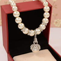 Wholesale Good Quality Fine Jewelry 18k Gold Plated Short Pearl Necklace Luxury Designer Brand Choker Strand
