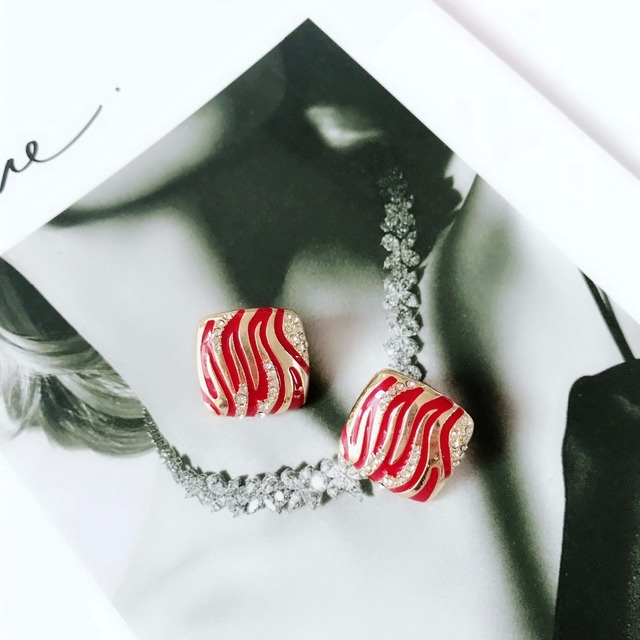 Free Shipping New Sweet Square Enamel Red Green Black Enamel Crystal Stone Elegant Earring 3