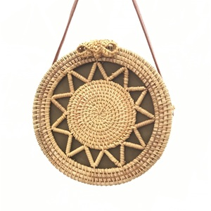 Image 4 - Rattan Bags Handbags For Women 2018 Bali Bohemian Summer Beach Bag Strap Fashion Hot Shoulder Crossbody Round bolsa Straw Bag