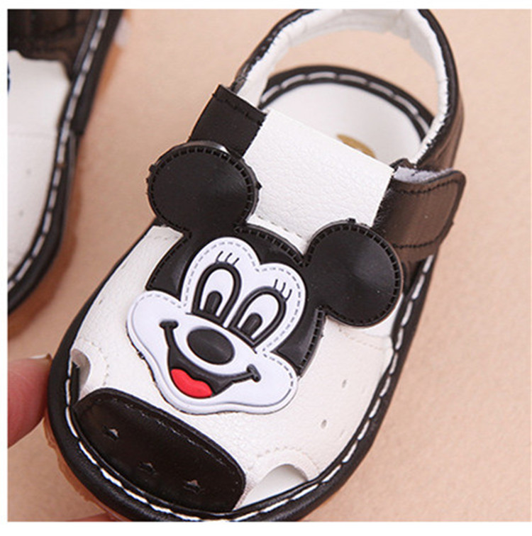 17 New Arrival Summer Baby boys Sandals mickey Toddler Kids soft sole Shoe baby singing shoes Baby girls Shoes Soft Leather 17