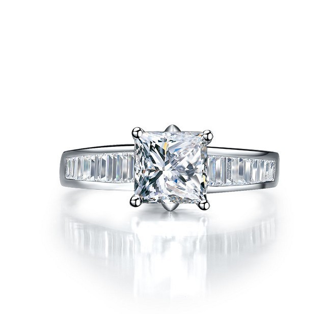 2CT Sterling Gold 14karat Vintage Princess Cut Synthetic diamonds