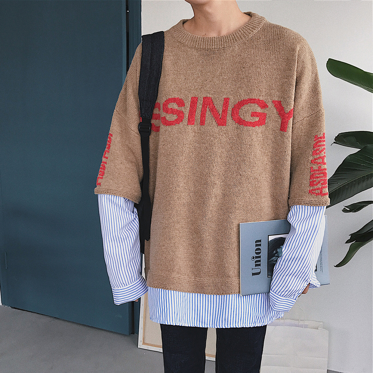 2017 Autumn And Winter The Latest Fashion Trend Of Small Fresh Korean Version Of The Loose Shirt Sleeves Knitted Sweater Jacket
