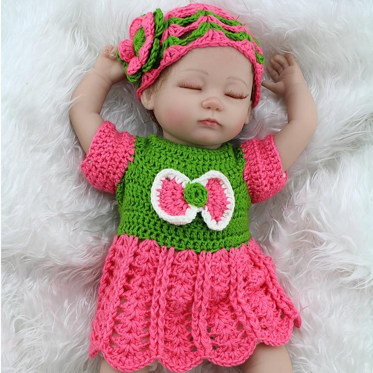 Здесь можно купить  Sleeping Baby Doll 17 inch Lifelike Silicone Baby Reborn Dolls Toy With Handmade Crocheted Clothes Bjd Doll bonecas brinquedos  Игрушки и Хобби