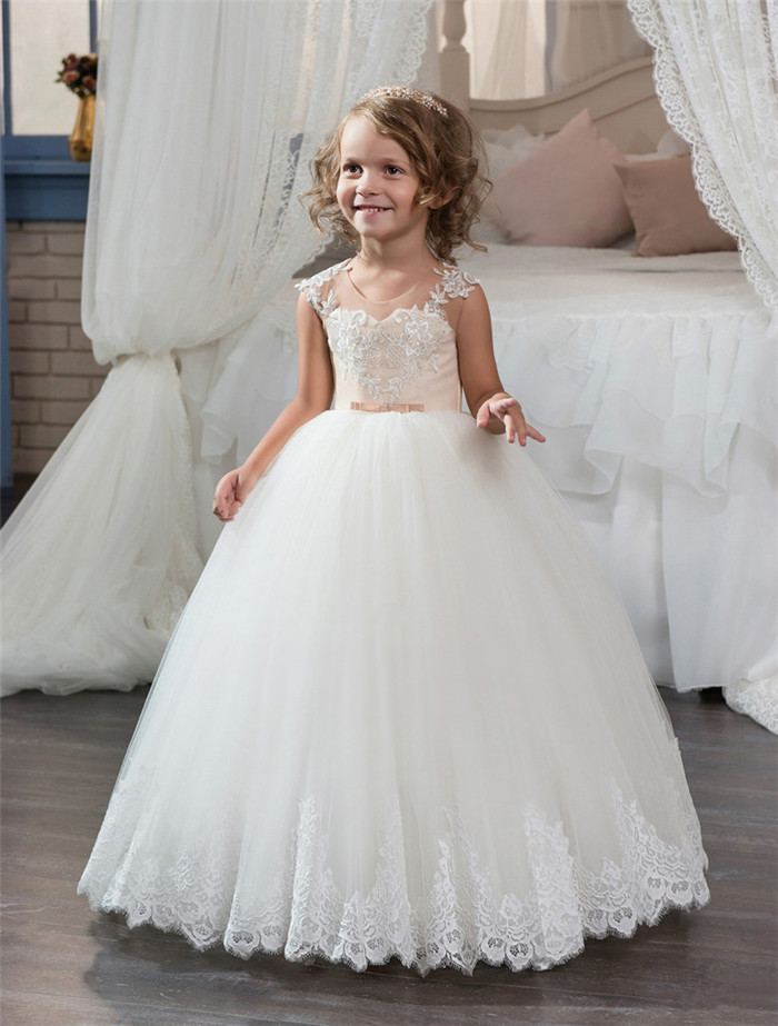 New Hot Sale White First Communion Dresses for Girls Lace Up Sleeveless Ball Gown Lace Appliques Flower Girl Dresses for Wedding
