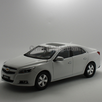 White 2014 1 18 AChevrolet Chevy Malibu Alloy Model Car Brinquedos Die Casting Parts