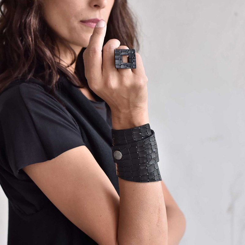YD&YDBZ NEW Leather Ring For Women 2019 Fashion Designer Punk Style Jewelry Rings Handmade Artificial Wholesale