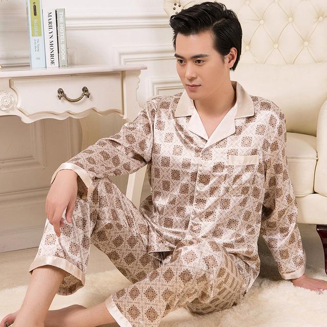 Simulación de los hombres pijamas de verano de manga larga de Seda masculina primavera y el otoño de los hombres de gran tamaño casa juegos de la ropa
