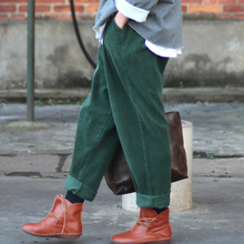 ORIGOODS Elastic waist Cotton Corduroy Loose Women Harem Pants Casual Red Green