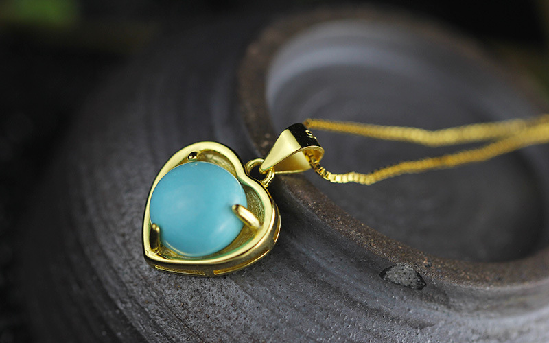 KJJEAXCMY Fashion Pendant S925 sterling silver jewelry gold heart-shaped lady Turquoise Necklace New Listing
