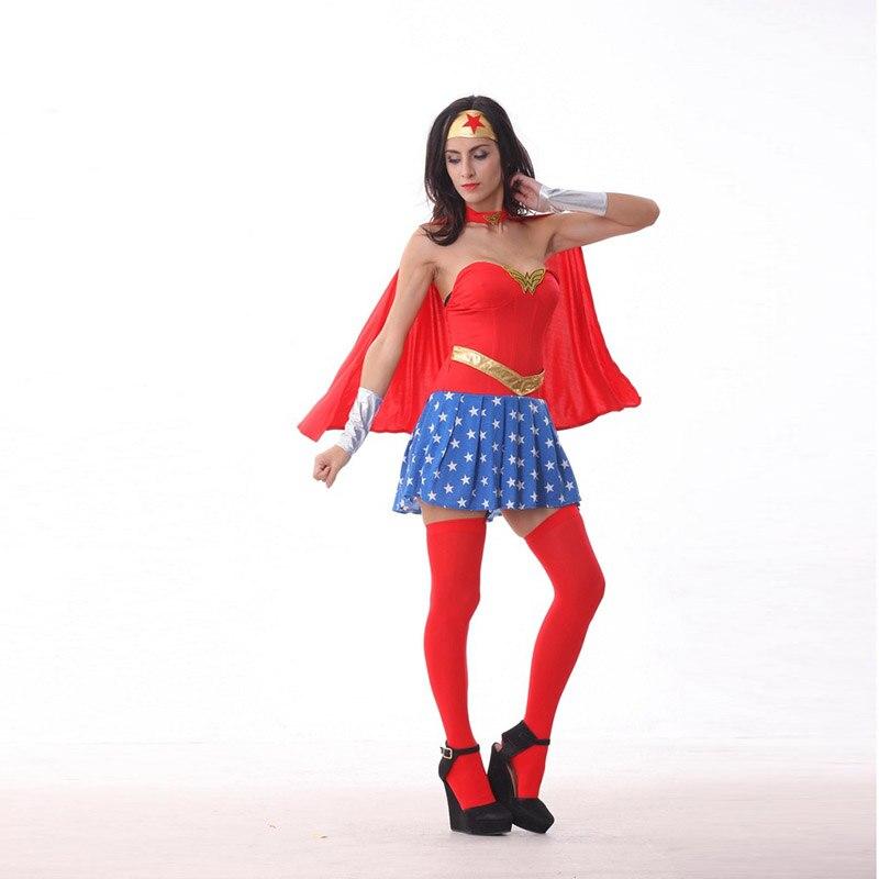 ne Superman et Wonder femme jamais brancher homme âgé de 26 ans datant de 31 ans femme
