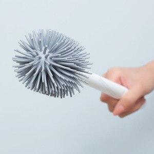 Image 4 - Youpin YJ 수직 저장 화장실 브러시 부드러운 접착제 Bristles 화장실 브러시 및 브래킷 세트 욕실 화장실 청소 도구