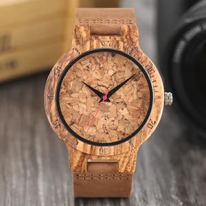 Image 3 - Relojes creativos simples de madera para hombre, reloj masculino Original de madera de bambú con estampado de hojas rotas y recortes de corcho, 2020