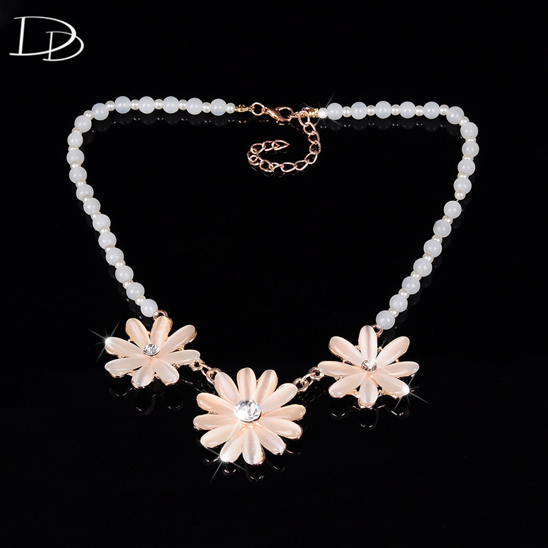 Rosa romántico flores colgante collar de la mujer simulado perla de cristal aust