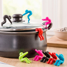 1Pcs Silicone Lift Pot Cover Overflow Device Heighter Tool Cooking for Kitchen Convenience Kitchen Gadgets Spoon Pot Clip Tools