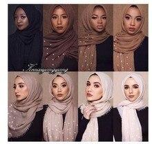 Müslüman kadın düz Maxi hint başörtüsü eşarp kabarcık pamuk inci islam başörtüsü Wrap yumuşak pilili şal 180x95cm 55 renkler
