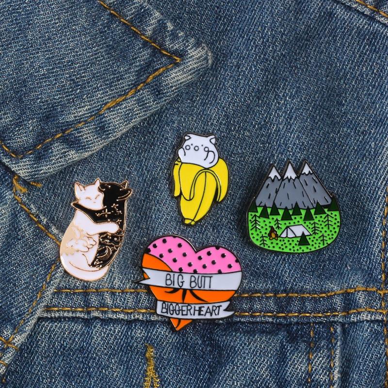 Custom Lapel Pin Brooches Earth Globe Banquet Badge Pins Trendy Accessory Jacket T-Shirt Bag Hat Shoe