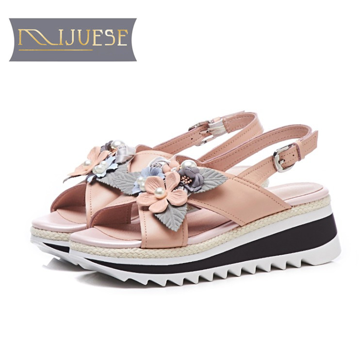 MLJUESE 2018 women sandals cow leather pink color Gladiator pearls open toe wedges high heels pumps