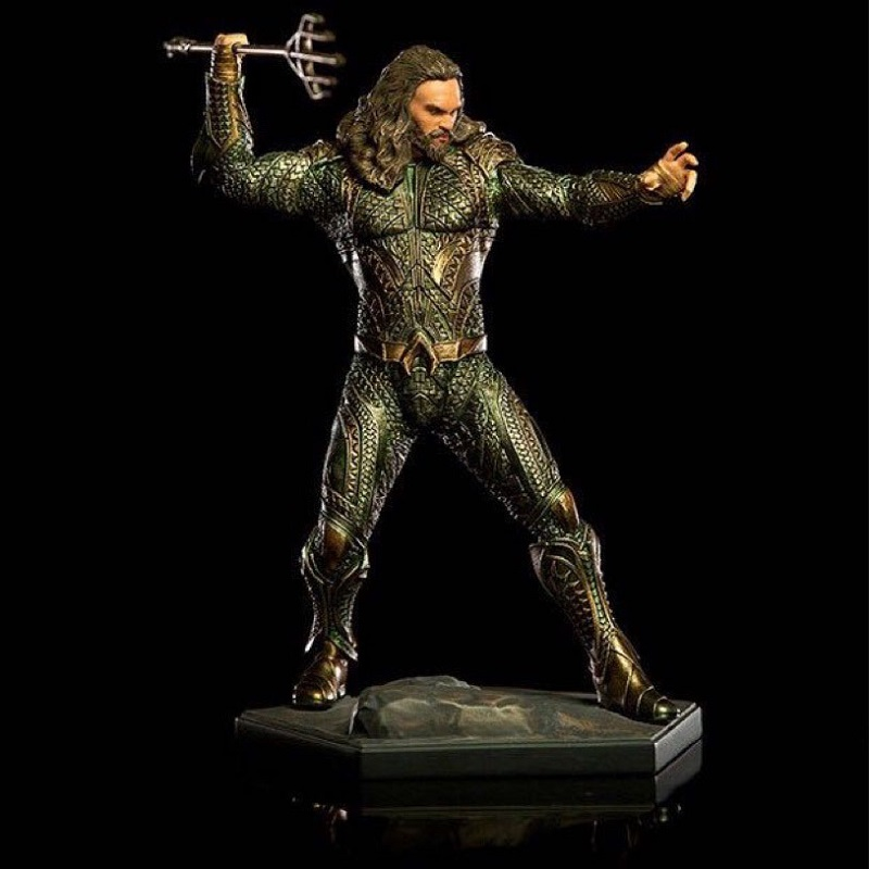 23cm DC Anime Aquaman Pvc Figure Display Toy Cartoon Arthur Curry Orin Jouet With Box Children Birthday Brinquedos Gift in Action Toy Figures from Toys Hobbies