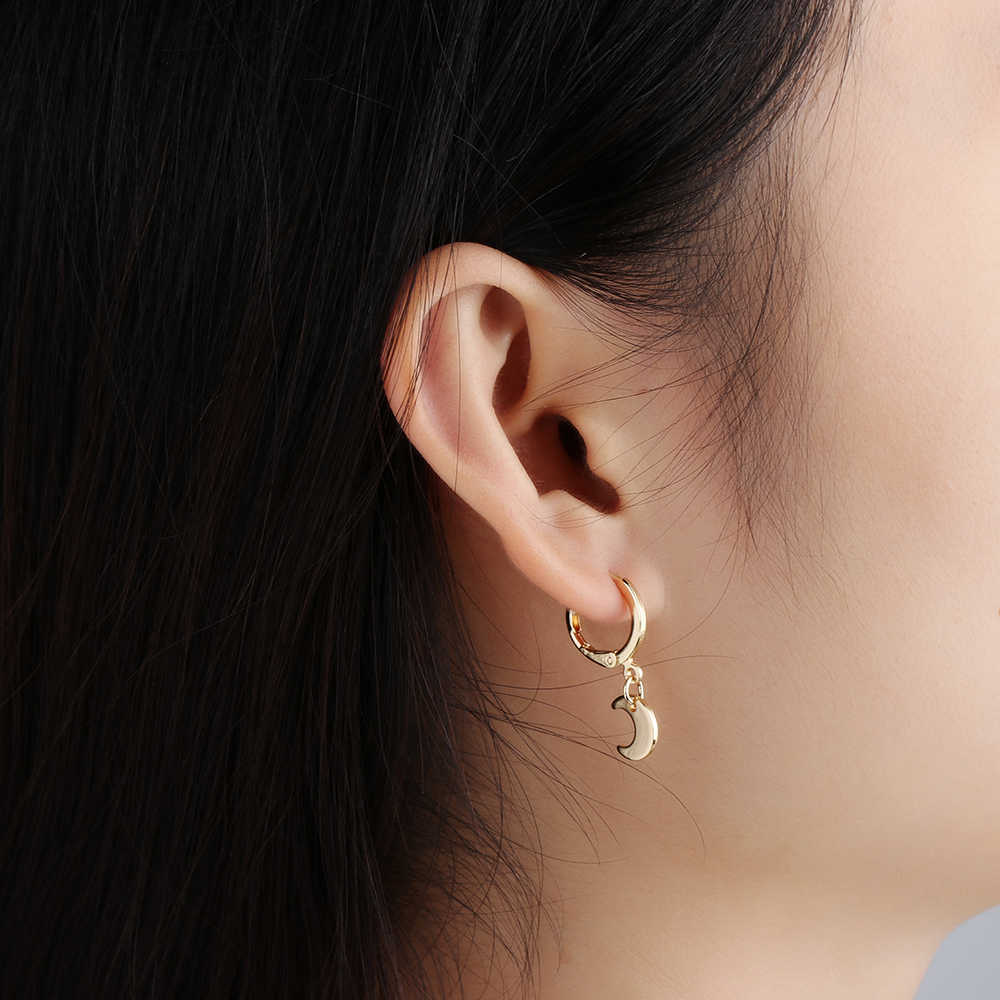 1 Pair Trendy Gold Color Small Star Hoop Earrings for Women 2018 Ear Piercing Earrings Simple Jewelry Bijoux Brincos
