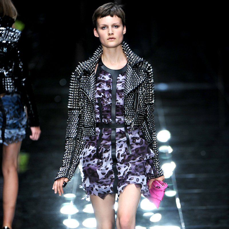 Punk Clous Fait Streetwear Veste Main Lourd En Rivets À Mince Femmes Métal 3000 La Plus Courte Cuir Pleins Style w7X7Urq