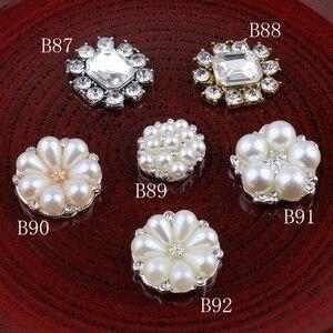 Image 2 - Botones de Metal con estrás, pentagrama Vintage/redondo/Flor, ostentosos botones de cristal para accesorios para el cabello, 120 Uds.