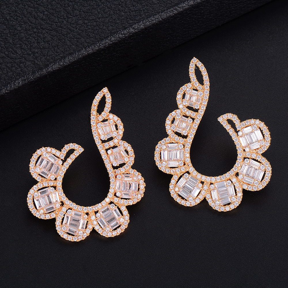 SisCathy Big Statement Earrings For Women Elegant Shiny Cubic Zirconia Stud Earrings Wedding Party Ear Jewelry Accessories in Stud Earrings from Jewelry Accessories