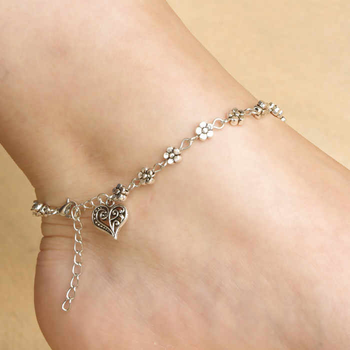 Wholesale Foot Jewelryl Vintage Silver Heart Pendant Anklets For Women Simple Flower on the Chain Anklets Bracelet on leg foot