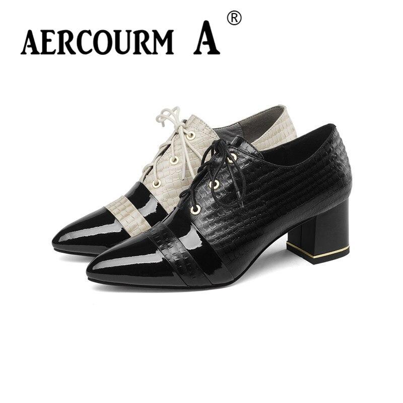 цена на Aercourm A 2019 Women Mixed Colors Genuine Leather Shoes Ladies Croc Shoes Middle Heel Women Pointed Toe Pumps Black Lace Shoes