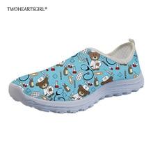 купить Twoheartsgirl Cute Blue Cartoon Nurse Bear Print Mesh Shoes for Women Breathable Summer Mesh Sneakers Personalized Ladies Flats дешево