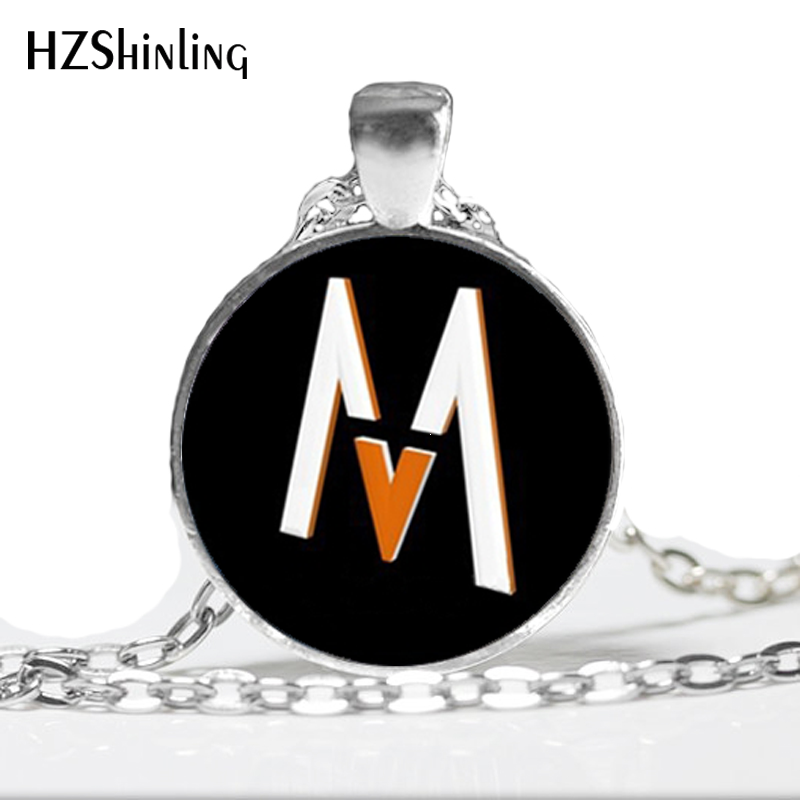 HZ--A368 New Maroon 5 Band Necklace Popular Band Pendant Jewelry Glass Photo Cabochon Necklace HZ1