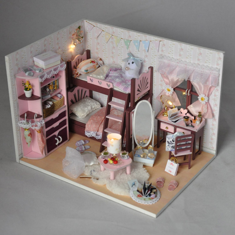 Doll House furniture the house for dolls Diy  Buliding Dollhouses Model Toy dollhouse miniature Educational Toys Birtyday Gifts kids pretend play toys furniture for dolls wooden miniature dollhouse tree house with doll children doll room educational toy