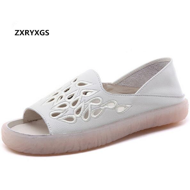 2019 New Embroidered Hollow Soft Full Real Leather Fashion Sandals Women Flat Sandals Soft Comfort Women Shoes Casual Sandals2019 New Embroidered Hollow Soft Full Real Leather Fashion Sandals Women Flat Sandals Soft Comfort Women Shoes Casual Sandals