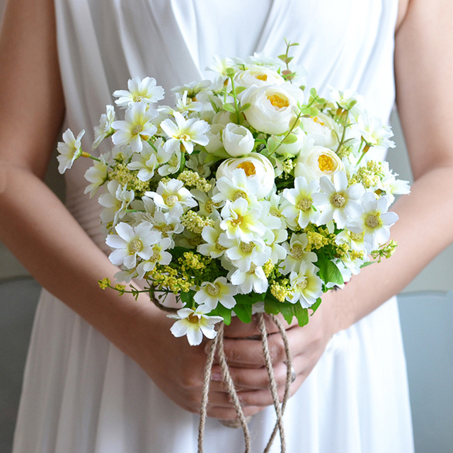 Elegant White Wedding Flowers Artificial Daisy Flower Bridesmaid Hand Bouquet Real Touch Hydrangea Bridal Bouquets With