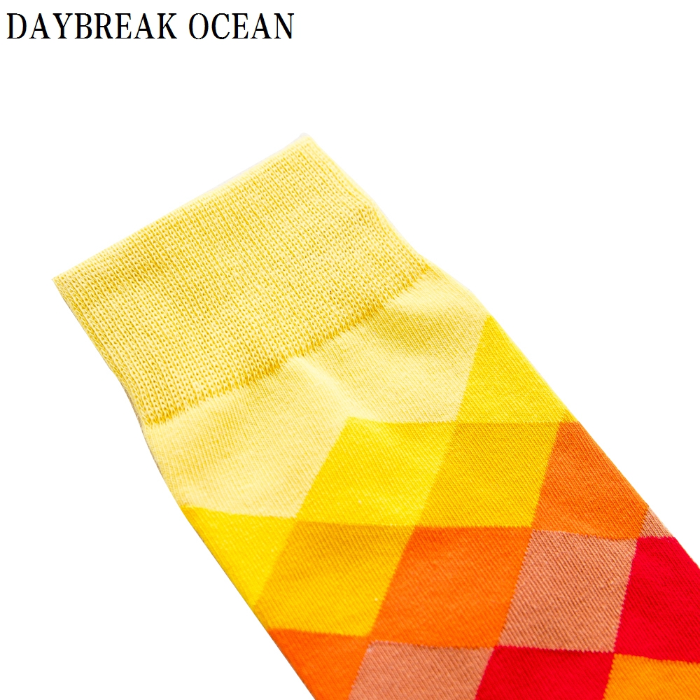 Image 3 - Big Size 20 Pcs=10 pairs/Lot Gradient Colorful Combed Cotton Socks Men Casual Fashion Autumn Crew Socks Funny Happy Men Socks-in Men's Socks from Underwear & Sleepwears on AliExpress