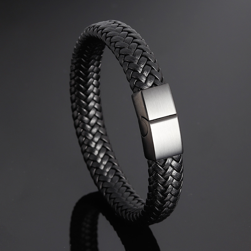 Brand Bracelet Fashion Stainless Steel Bracelets Woven Genuine Leather black Bracelet Men Bracelet Classic Charm Magnetic Buckle