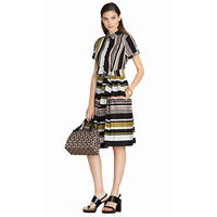 Новые Прибытия Запад Дамы Небольшой Нагрудные Нашивки С Коротким Рукавом Мода Темперамент Dress 170322X02