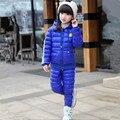 2016 Novas Crianças Meninas Snowsuit Roupas de Inverno Para Baixo Jaquetas Definir Moda Com Capuz Grosso Sorriso Rosto Padrão de Duas Peças Ternos