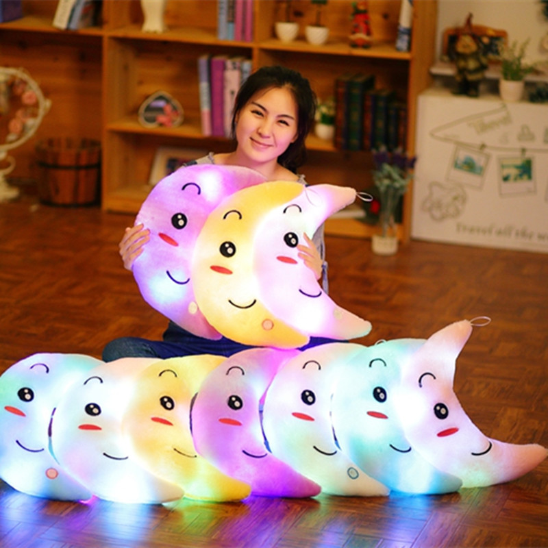 1pc 35cm Kawaii Moon Shaped Cushion Pillow Plush Toys Luminous Pillow Toys Led Light Beautiful Cushion Christmas Gifts For Kid best girl toys 2017