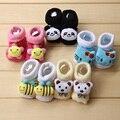 2015 algodão dos desenhos animados meias para recém-nascidos do bebê crianças meninos e meninas crianças chinelos sapatos antiderrapantes Outono e inverno 0-18Month