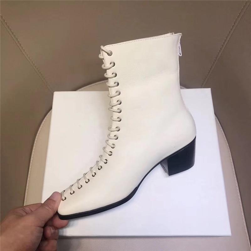 Silla władcy 2019 nowa fasada skóry wołowej botki kobieta kwadratowych toe masywne obcasy martin buty kobieta zasznurować buty damskie rycerz buty w Buty do kostki od Buty na  Grupa 3