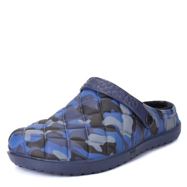 2017 Nueva Moda Famosa Marca Casual Hombres Zapatillas Crocs Zapatos de Playa Sandalias de Verano Zapatillas de Agua Plástica de La Manera Envío Rápido