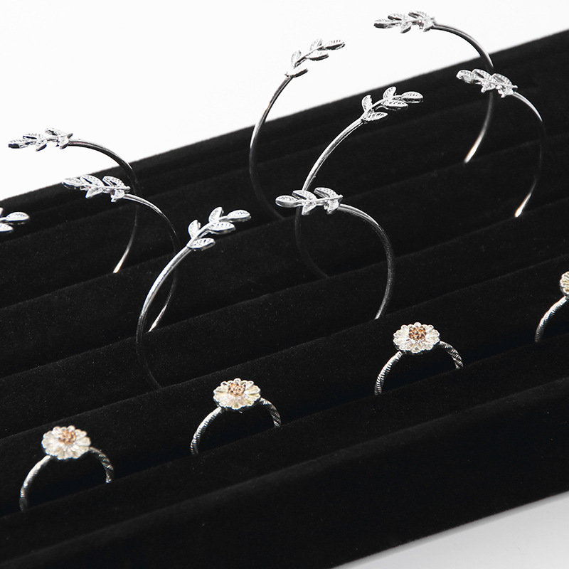 New Arrival Ring Bracelet Bangle Jewelry Display Stand Holder Jewelry Display Tray Show cases