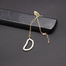 Temperament necklace New fashion simple wind handmade freshwater pearl English alphabet personality necklace 875