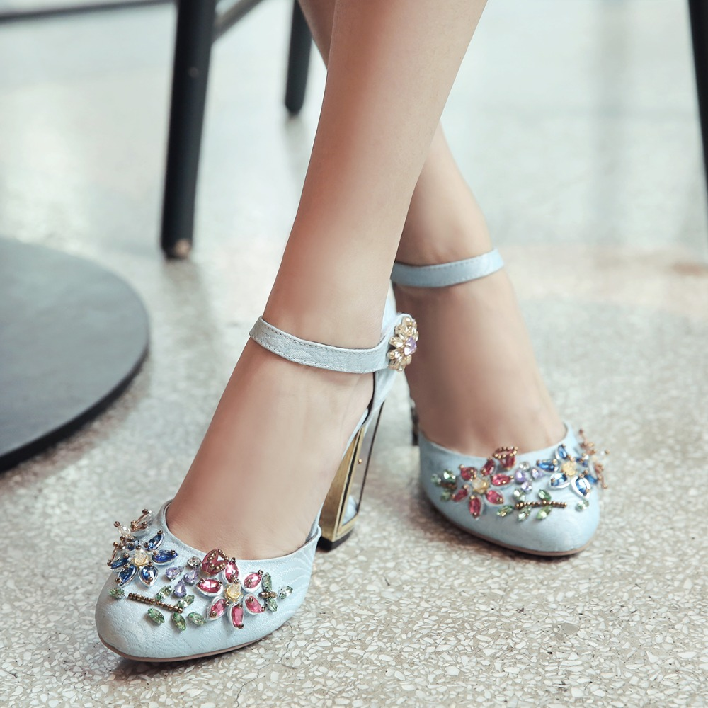 Welcome Drop Shipping Our Shoes! Any requirements about drop  shipping d69c42eff7d8